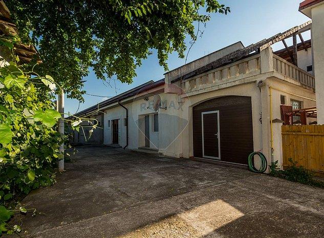Casa / Vila cu 6 camere de vanzare in zona Central - imaginea 1