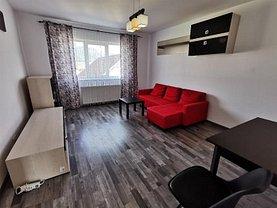 Apartament de închiriat 2 camere, în Ghimbav, zona Periferie