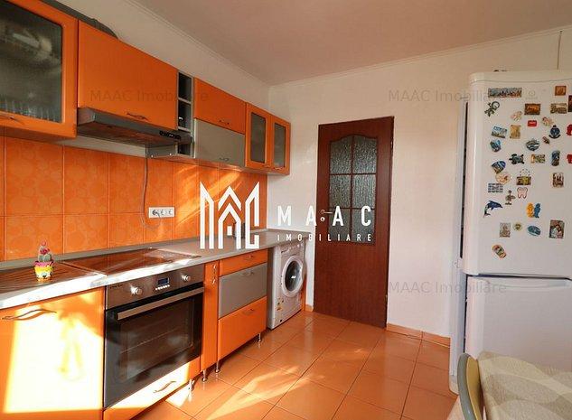 Apartament 3 camere   2 bai   Decomandat   zona Valea Aurie - imaginea 1