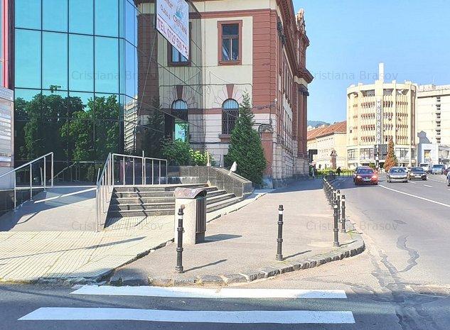 Inchiriere birou in Brasov, langa Prefectura, in cladire de birouri clasa A - imaginea 1