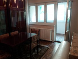 Apartament de vânzare 3 camere, în Târgu Mureş, zona 1848
