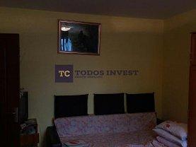 Apartament de vânzare 3 camere, în Bucuresti, zona Balta Alba