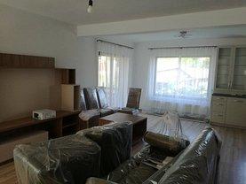Casa de închiriat 3 camere, în Corunca