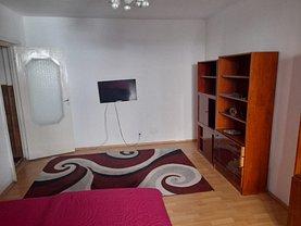 Casa de închiriat 3 camere, în Târgu Mureş, zona Unirii