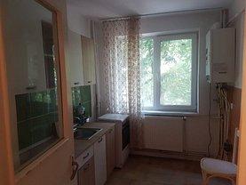 Apartament de vânzare 3 camere, în Iaşi, zona Primăverii