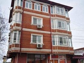 Casa de vânzare 12 camere, în Constanţa, zona Km 4