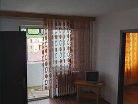 Apartament de închiriat 3 camere, în Iaşi, zona Tătăraşi