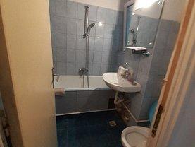 Apartament de vânzare 2 camere, în Bucureşti, zona Eroii Revoluţiei