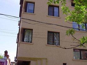 Apartament de închiriat 3 camere, în Bucureşti, zona P-ţa Muncii