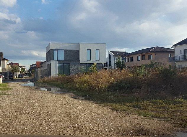 EXCLUSIVITATE-Otopeni, loturi teren ideale, str. G. Enescu-construibil imediat! - imaginea 1