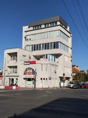 Parter - intersectia Bd. Mamaia cu str. Ion Ratiu - GRATUIT PRIMA LUNA - imaginea 1