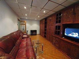 Apartament de închiriat 2 camere, în Ploieşti, zona P-ţa Mihai Viteazu