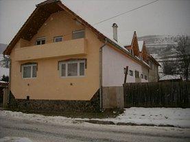 Casa de vânzare 12 camere, în Daneş