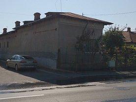 Casa de vânzare 11 camere, în Ploiesti, zona Marasesti