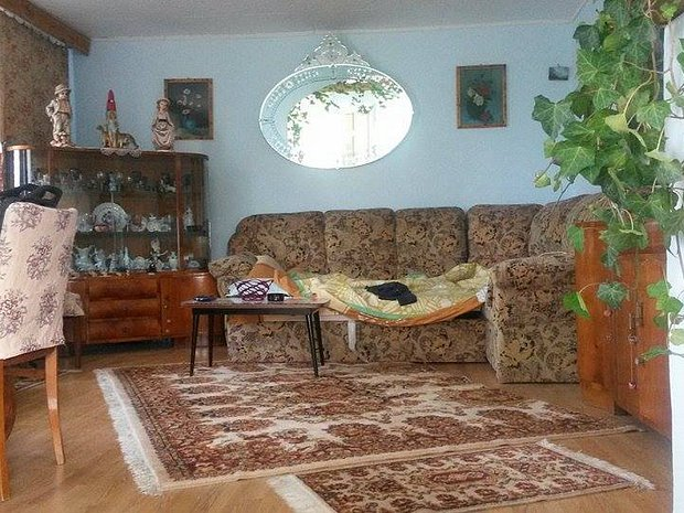 Casa 4 Camere De Vanzare Patarlagele Xv020182r