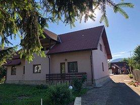 Casa de vânzare 9 camere, în Targu Ocna, zona Ultracentral
