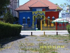Casa de vânzare 6 camere, în Bucureşti, zona Arcul de Triumf