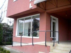 Casa de vânzare 8 camere, în Suceava, zona Burdujeni