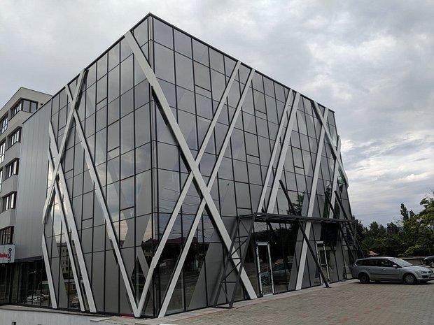 Proprietar- inchiriez birou in zona Tatarasi - imaginea 1