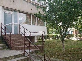 Închiriere apartament cu hol de asteptare si camere anexa