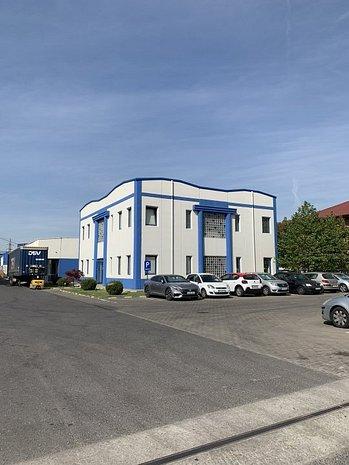 Ansamblu de spatii de productie /depozitare si birouri - imaginea 1