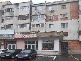 Vânzare spaţiu comercial în Stiubei