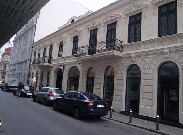 Spatiu comercial in cladire istorica - imaginea 1