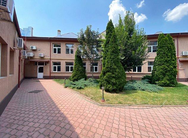 Spatii de birouri de inchiriat zona ultracentrala Unirii Bucuresti - imaginea 1