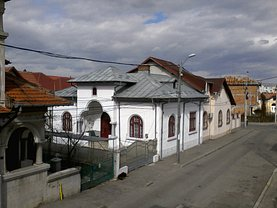Casa de vânzare 4 camere, în Pitesti, zona Popa Sapca