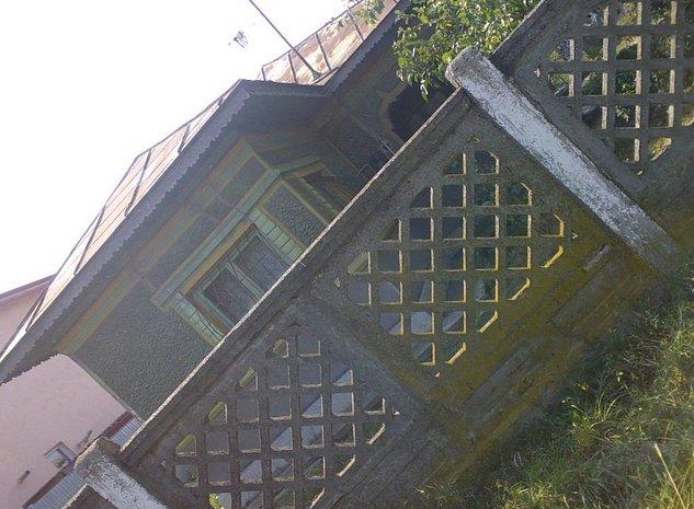 TUNARI, 1.066 mp,Teren cu Casa 4 camere din Caramida si Anexe 2 camere din Beton - imaginea 1