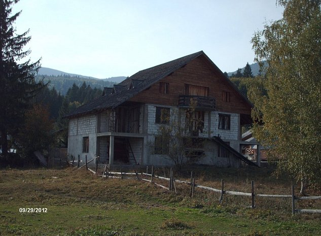 vand casa+teren - imaginea 1