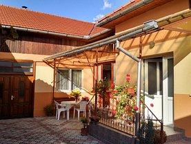 Casa de vânzare 7 camere, în Otelu Rosu, zona Central