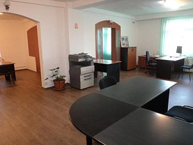 Casa de închiriat 15 camere, în Cluj-Napoca, zona Central