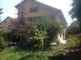 Casa de vânzare 11 camere, în Targu-Jiu, zona 1 Mai