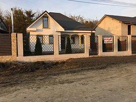 Casa de vânzare 4 camere, în Focsani, zona Central