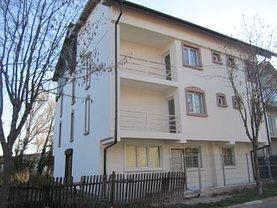 Casa de vânzare 12 camere, în Eforie Sud, zona Central