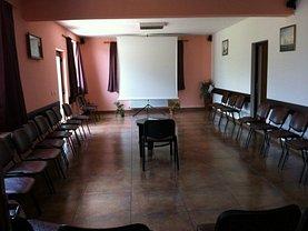 Casa de vânzare 20 camere, în Zarnesti, zona Brebina