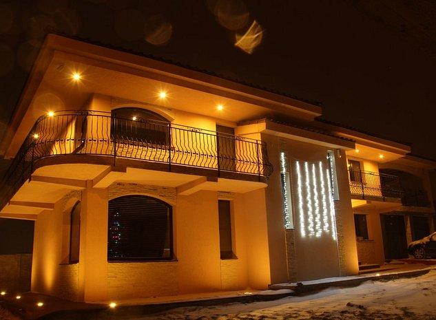 Vila Lux in stil Mediteranean langa LifeHarbour Limanu - imaginea 1