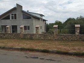 Casa de vânzare 7 camere, în Iasi, zona Cug