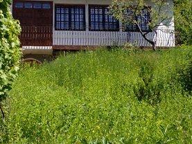Casa de vânzare 8 camere, în Valenii de Munte, zona Exterior Est