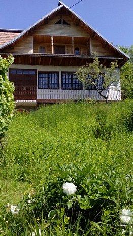 Casa de vanzare Valenii de Munte,sat Poienele - imaginea 1