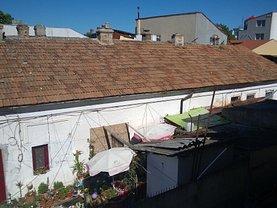 Casa de vânzare 7 camere, în Constanţa, zona Universitate