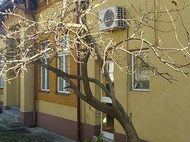 Casa de vânzare 3 camere, în Pitesti, zona Ultracentral