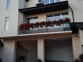Casa de vânzare 13 camere, în Focşani, zona Central