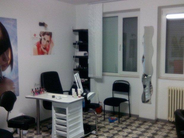 Inchiriez Salon Coafura Echipat Complet La Numai 550euro