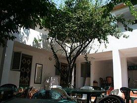 Casa de vânzare 26 camere, în Costinesti, zona Central