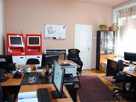 Casa de închiriat 3 camere, în Arad, zona Ultracentral