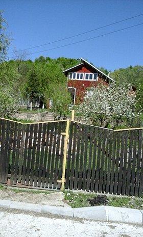 Vanzare Casa cu livada in Varbilau Jud Prahova - imaginea 1