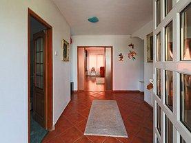 Casa de vânzare 6 camere, în Iasi, zona Popas Pacurari