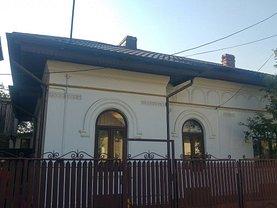 Casa de închiriat 3 camere, în Ploiesti, zona Mihai Bravu